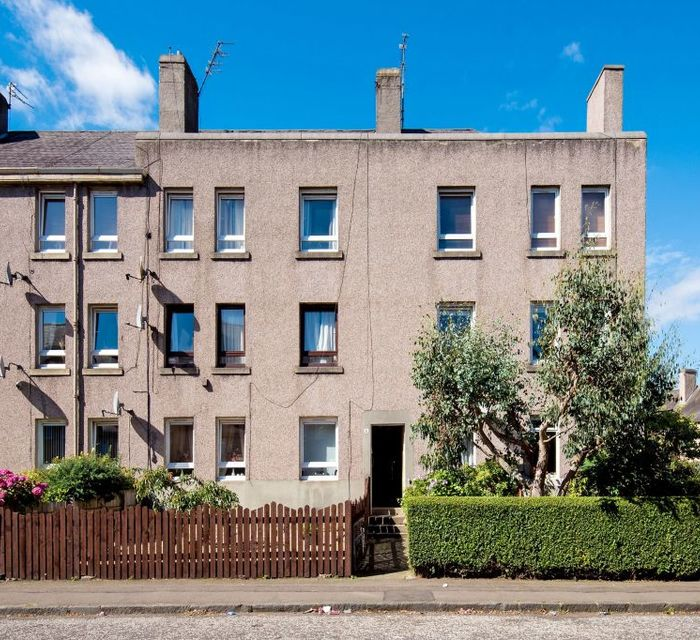 Whitson Place East Edinburgh EH11 3BB