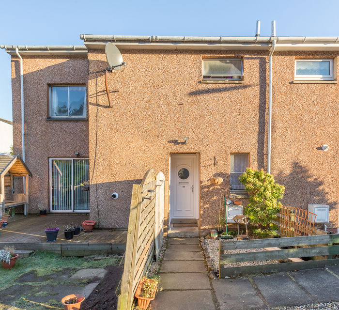 16 Nicholson Way EH54 8LS   **UNDER OFFER**