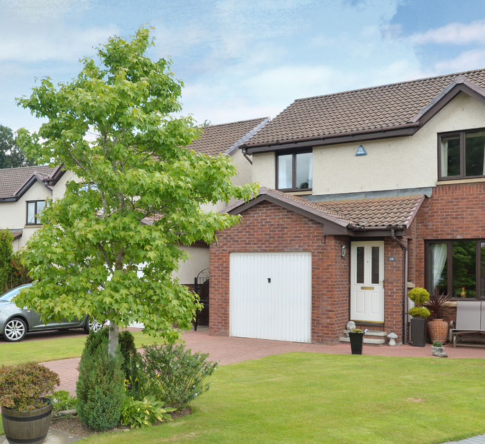 28 Kaims Grove livingston EH54 7DU