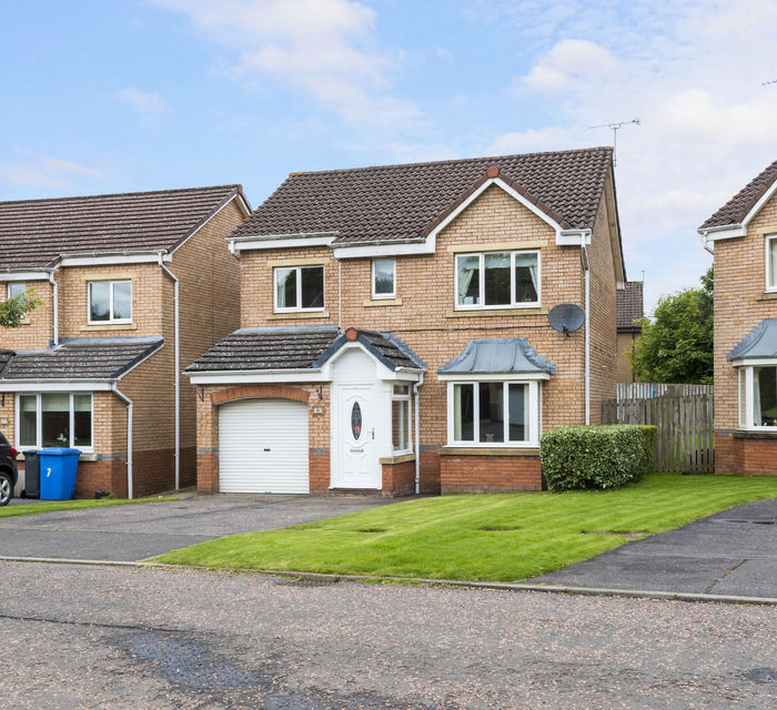 8 Ward Place Livingston EH54 6FB