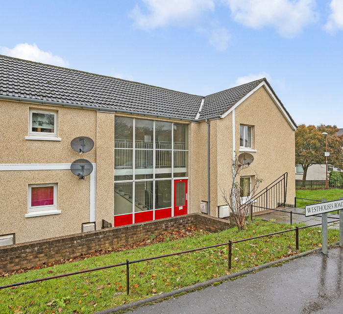 ** UNDER OFFER**  82d Westhouses Road Dalkeith EH22 5QU