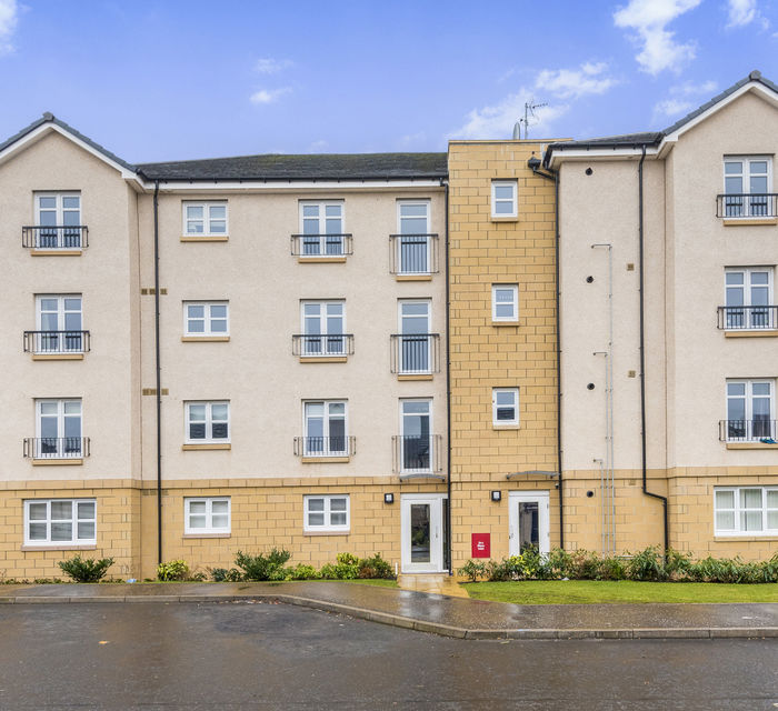 4/12 Fairfield Gardens EH10 6UP
