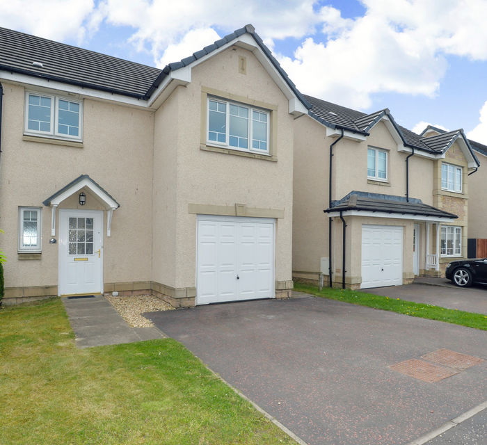 *SOLD *6 Wright Gardens Bathgate, EH48 2XD