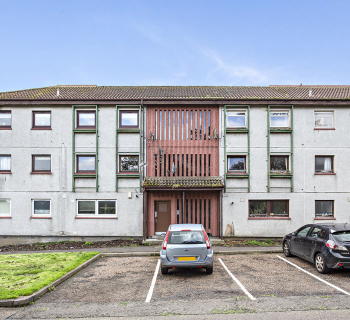 24 FORTH DRIVE, CRAIGSHILL, LIVINGSTON, EH54 5LS