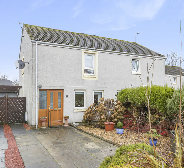 **CLOSING DATE 12 NOON THURSDAY 12TH DECEMBER**11 ACREDALES, HADDINGTON, EH41 4NT