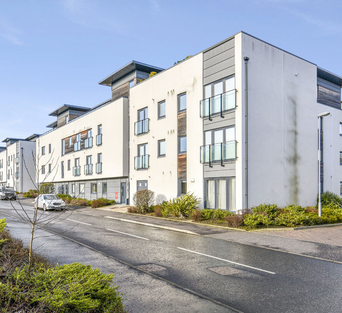 FLAT 9 10 BURNBRAE DRIVE, EDINBURGH, EH12 8AS