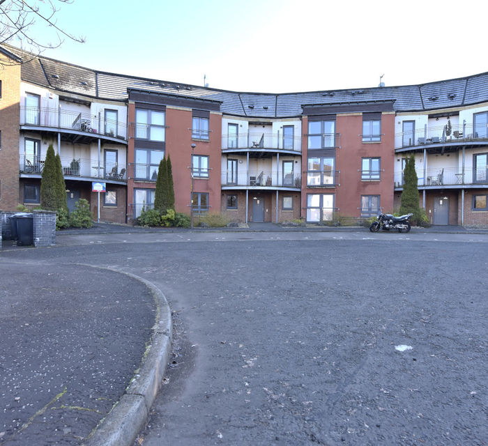 2/2  2 KAIMS TERRACE, LIVINGSTON, EH54 7EX