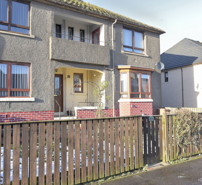 17 Cousland Crescent Seafield EH47 7AY