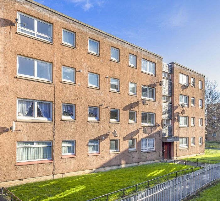 3/3 CROWN STREET, EDINBURGH, EH6 8LU