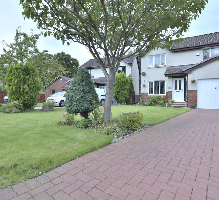27a Kaims Grove Livingston EH54 7DU
