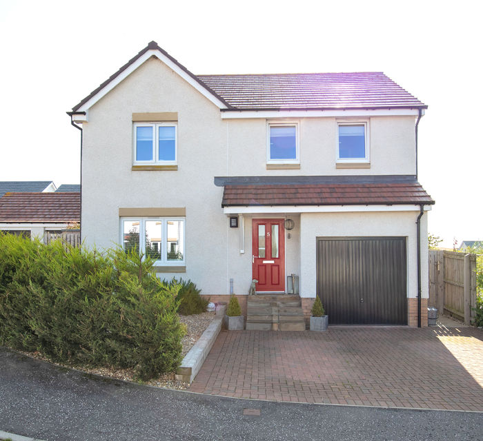 5 South Quarry Place,  Gorebridge EH23 4GP