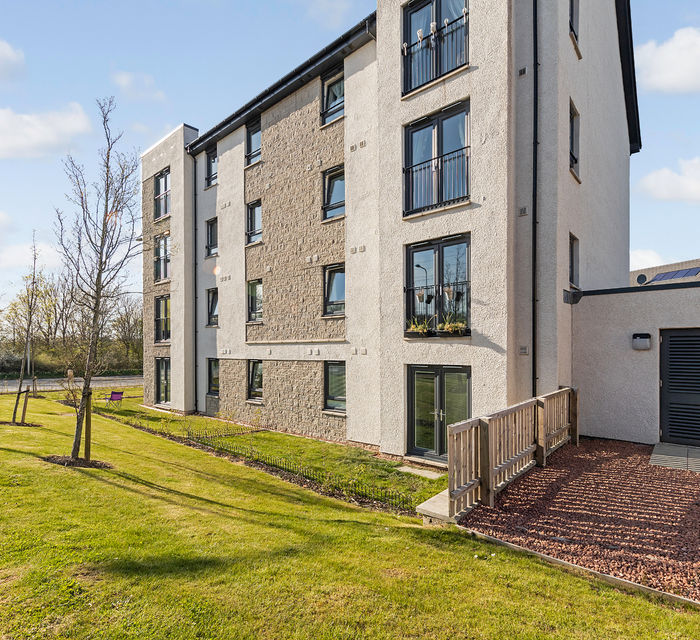 1 Fells Way Flat 2 ,  Edinburgh EH17 8TZ
